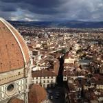 赤レンガ色の屋根の立ち並ぶ小さな街、フィレンツェで行ってほしい観光スポット
