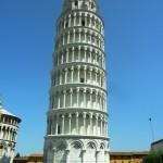 ピサの斜塔はなぜ斜めに傾いているの?その理由と実際の様子
