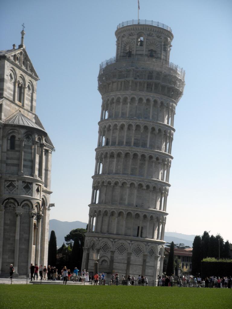 画像15 ピサと建物