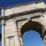 古代ローマ帝国の中心地の遺跡、フォロ・ロマーノ!