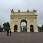 ベルリンから日帰り。3ユーロでポツダム!5ユーロでドレスデン!9ユーロでプラハ!